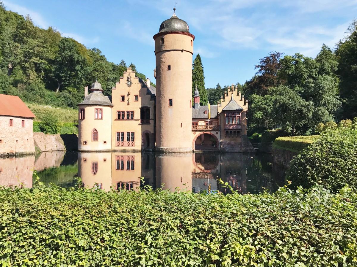 Mespelbrunn Castle Germany Her Heartland Soul