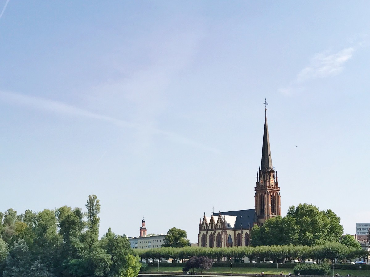 Dreikönigskirche, Frankfurt - Her Heartland Soul