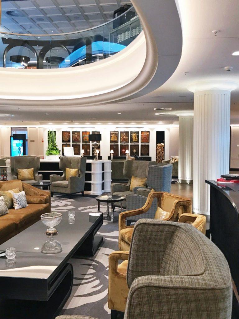 Sofitel Frankfurt Opera: A Luxury Hotel