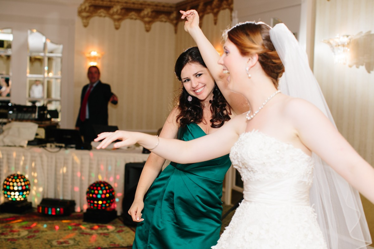 9 Tips for Planning Your Wedding for Less than $9,000 Her Heartland Soul Erin Fairchild