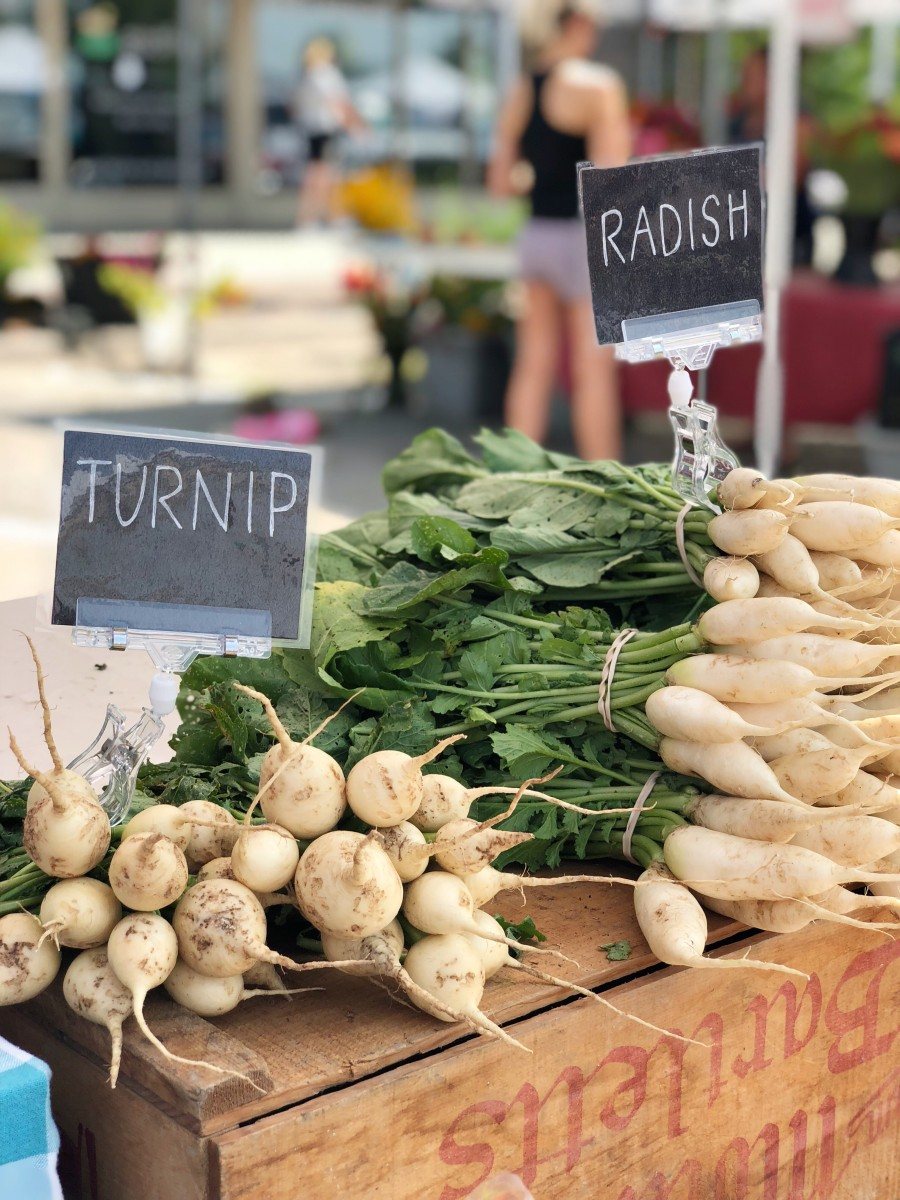 Supporting Local: Omaha Farmers Market Aksarben - Her Heartland Soul