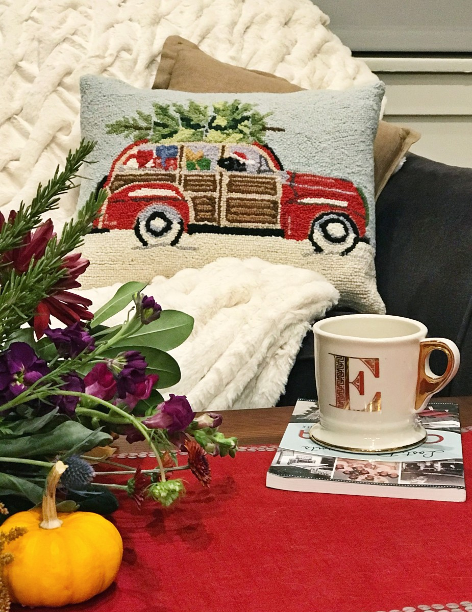 Soft Surroundings STATION WAGON WITH BLACK LAB HOOKEDPILLOW Her Heartland Soul