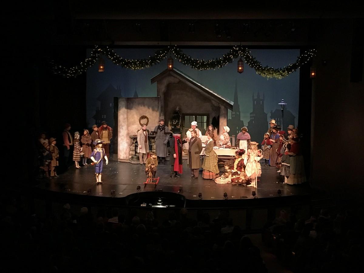 A Christmas Carol Omaha Community Playhouse Her Heartland Soul