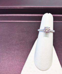 THE KALAHARI DREAM™ DIAMOND Borsheims Her Heartland Soul