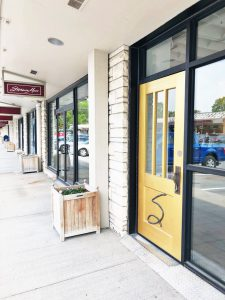 Stephanie Moss Salon expands to Countryside Village