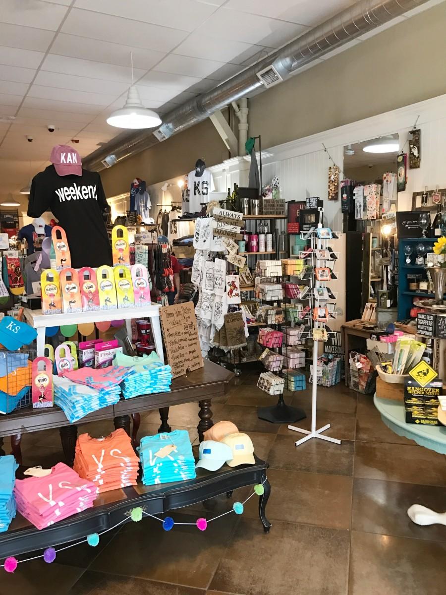 Lawrence Kansas Shopping Her Heartland Soul