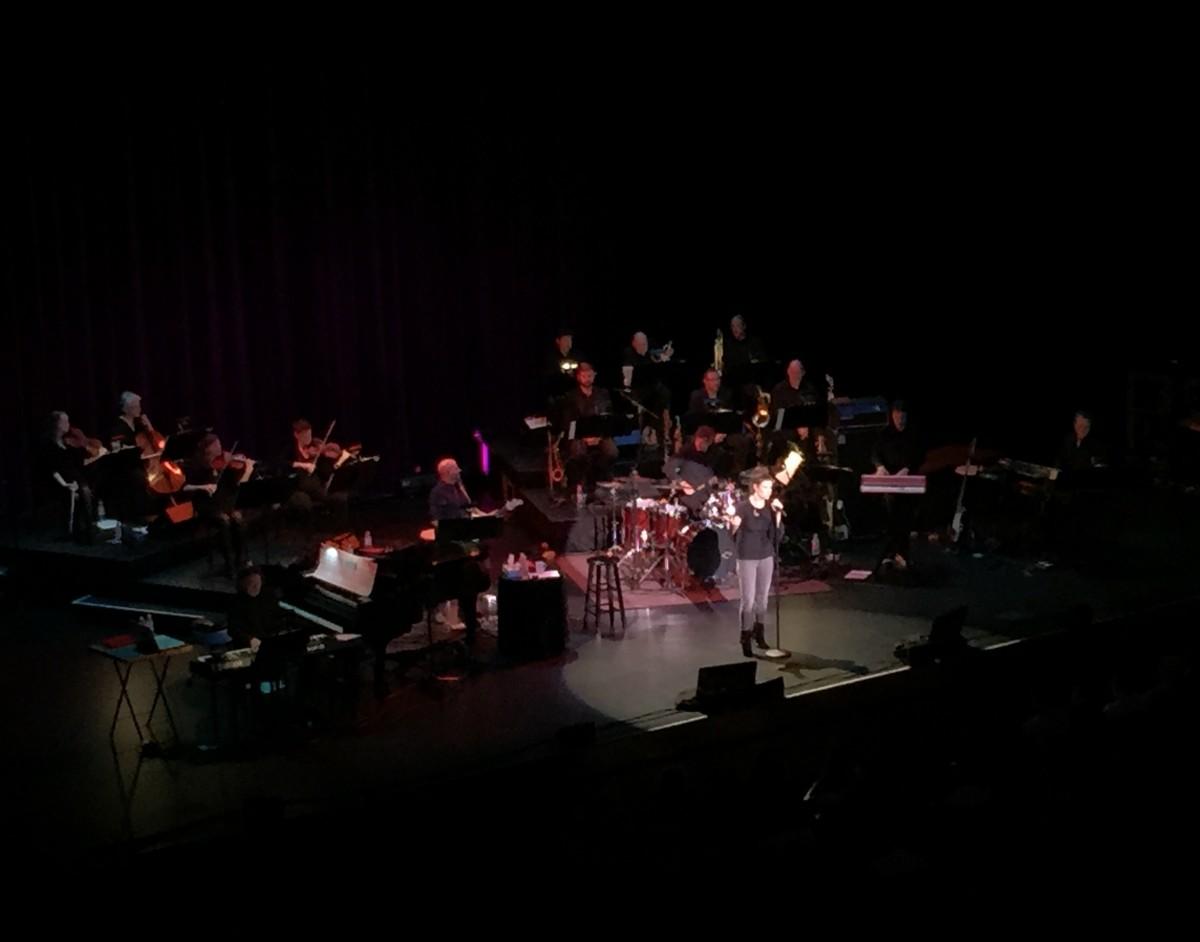 Idina Menzel Lincoln Nebraska Her Heartland Soul