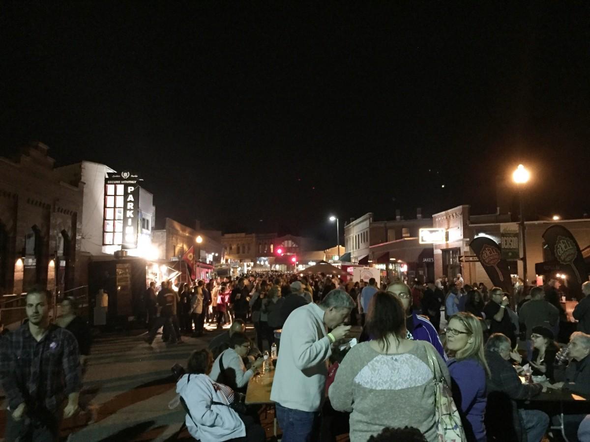 Weekend Snapshots Foodtruck Rodeo Benson Omaha Nebraska Her Heartland Soul