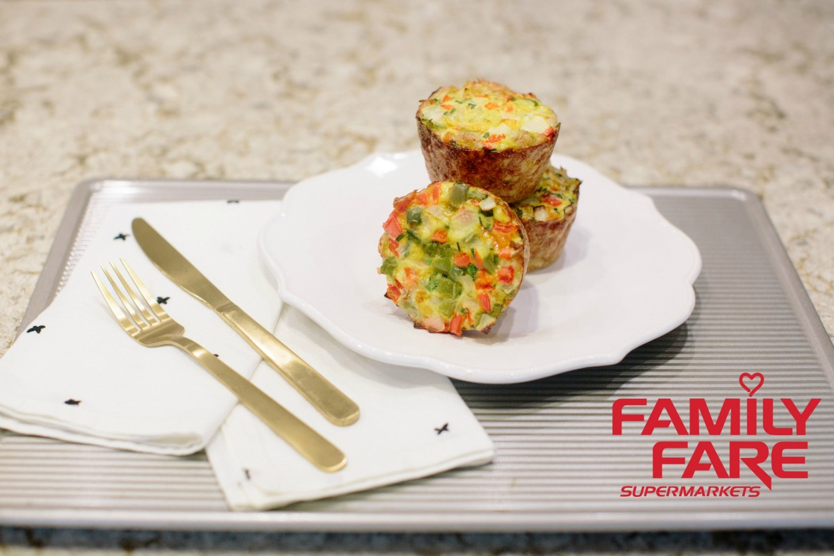 Tater Tot Breakfast Casserole Muffin Recipe Family Fare Her Heartland Soul